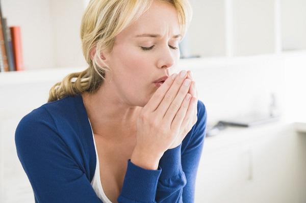 Ho dai dẳng là dấu hiệu của ung thư vòm họng