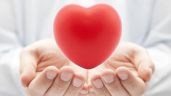 Uống nước cam giúp có một sức khỏe tim mạch tốt hơn