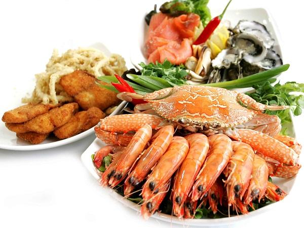 Người bệnh Gút nên hạn chế ăn hải sản