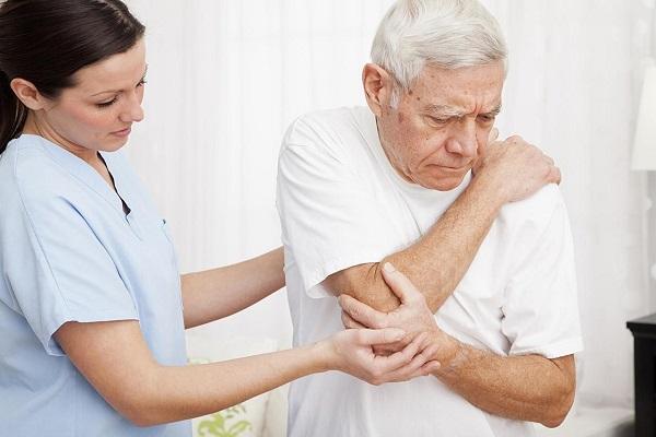 Đau nhức xương khớp gây ảnh hưởng không nhỏ đến sinh hoạt, vận động