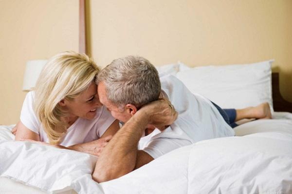 Hoạt động tình dục cũng được coi là thước đo quan trọng nhằm đánh giá chất lượng cuộc sống của đa số người cao tuổi.