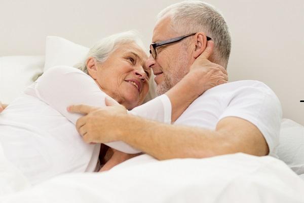Độ tuổi không còn nhu cầu quan hệ của nam giới và nữ giới là khác nhau.