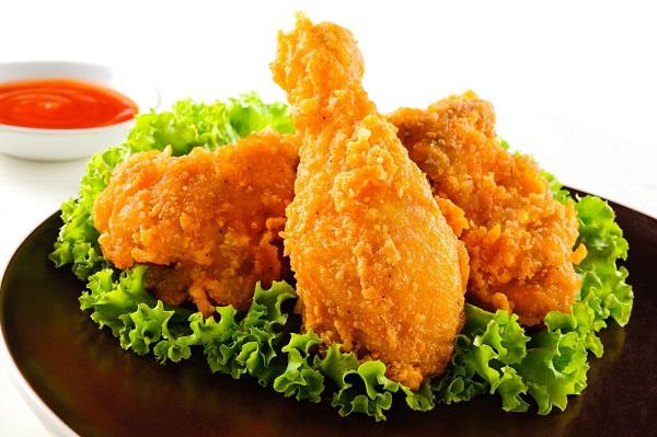 Ăn quá nhiều những món này trong thời gian dài có thể khiến chúng ta đối mặt với nguy cơ thừa cân, béo phì.