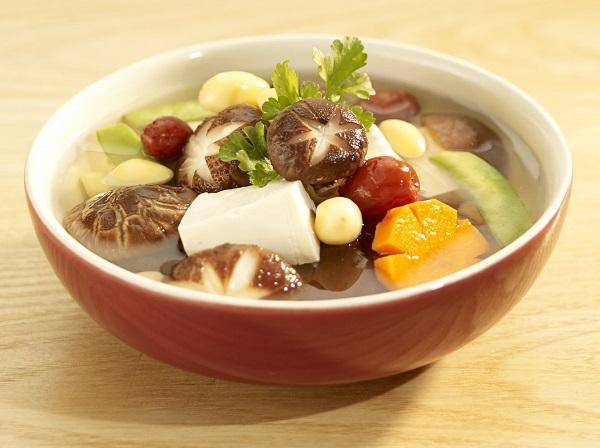 Thực phẩm để qua đêm như rau có thể sản sinh ra nitrite và gây hại cho sức khỏe con người