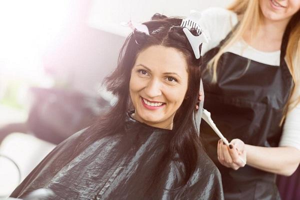 Nhuộm tóc có nguy cơ tăng khả năng mắc ung thư vú.