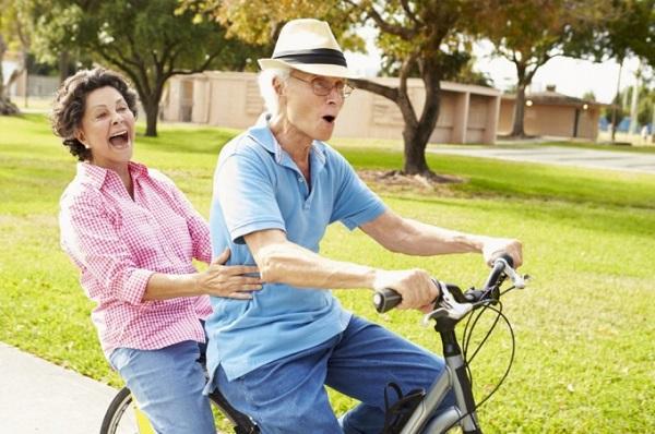 Xây dựng chế độ sinh hoạt khoa học cho người cao tuổi