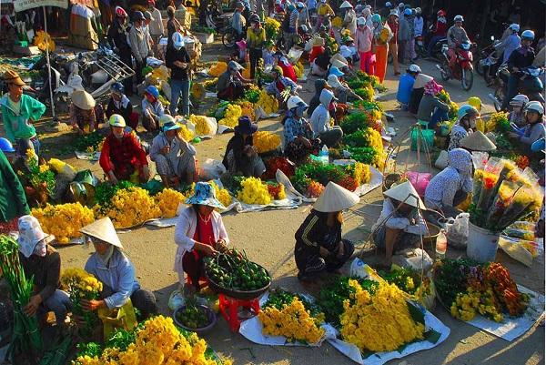 Chợ Tết