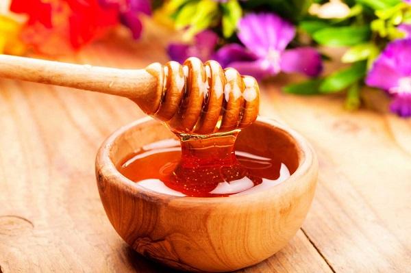 Uống mật ong vào sáng sớm - để làm sạch dạ dày