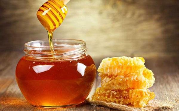 Uống mật ong trước khi đi ngủ - Hỗ trợ giấc ngủ và an thần
